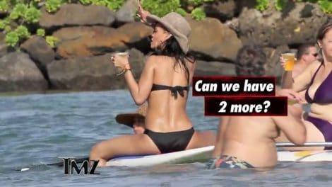 La star de musique Rihanna fait du stand up paddle !