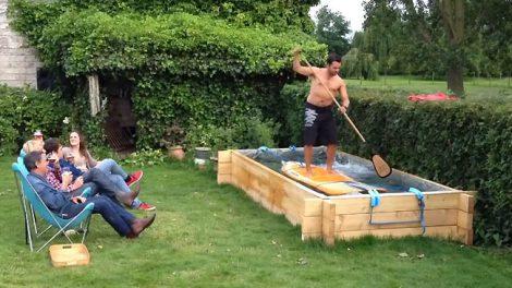 Vidéo insolite, faire du Stand up paddle dans son jardin !