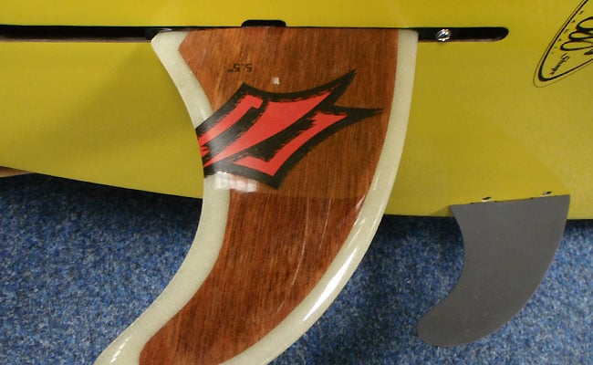 stand-up-paddle-aileron-fin-reglage