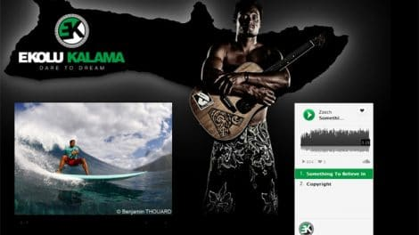 Ekolu Kalama un stand up paddle rider chanteur !