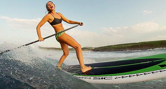 Talia & Tehani, surftrip stand up paddle entre filles