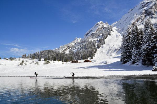 alpinAlpine Lakes Tour La Clusaz : La neige et le soleil pour une étape de rêve !e-lakes-tour-la-clusaz-neige-13