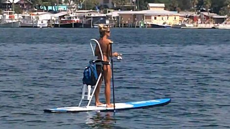 Bote stand up paddle sexy pour la pêche !