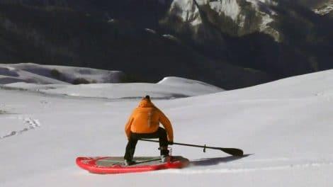 Stand up paddle sur neige au col d'Aubisque