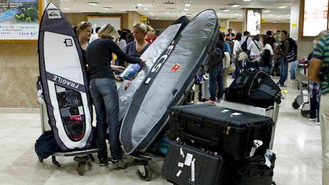 Comment voyager en avion avec son stand up paddle !