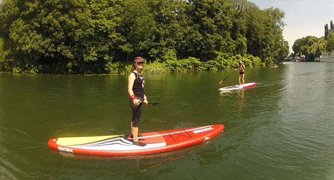 On a testé le stand up paddle Race Sroka 12'6