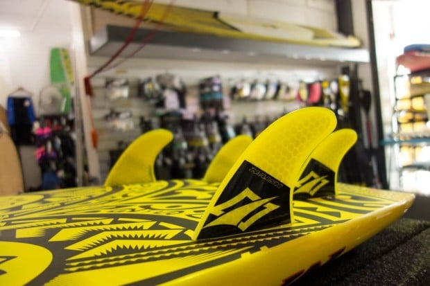planche stand up paddle naish raptor