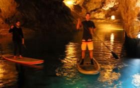 Première course de stand up paddle sous terre
