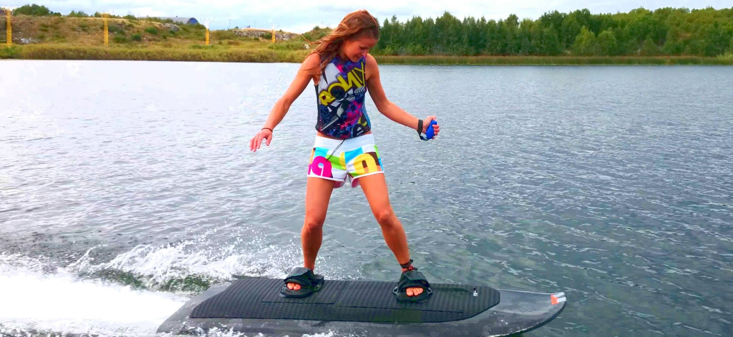 The Radinn Electric Powered le wakeboard de demain