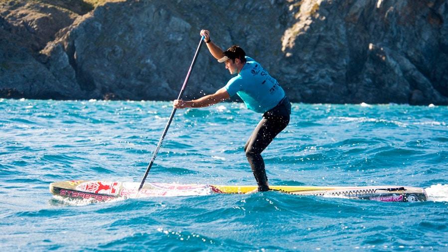 Portrait vidéo du champion de stand up paddle Titouan Puyo