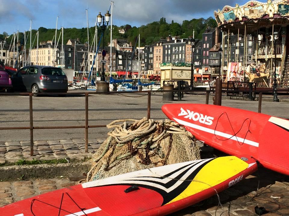 Le défi de relier Asnières à Honfleur en stand up paddle