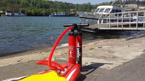 Nous avons testé la pompe stand up paddle Red Paddle Titan