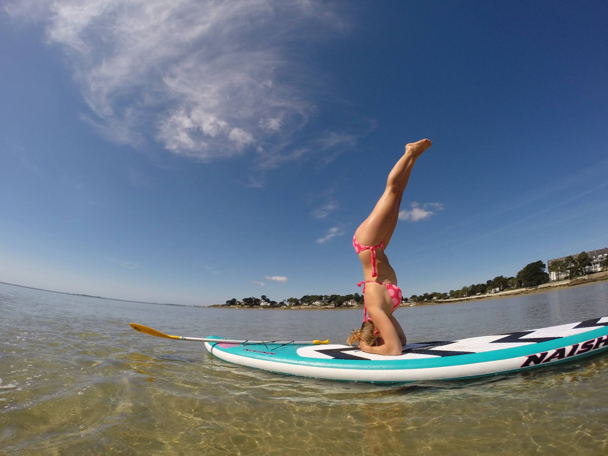 stand-up-paddle-fitness-yoga-sarah-hebert
