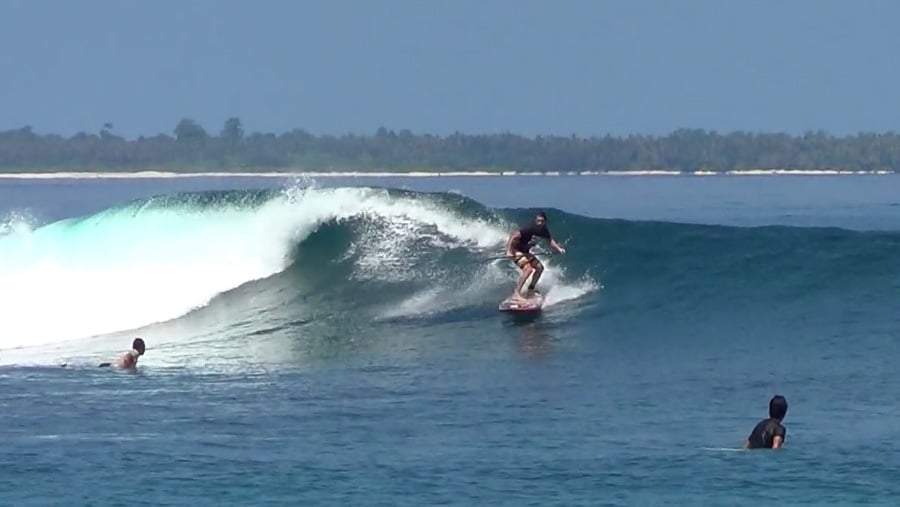 Xavier Leroy, stand up paddle à Mentawai