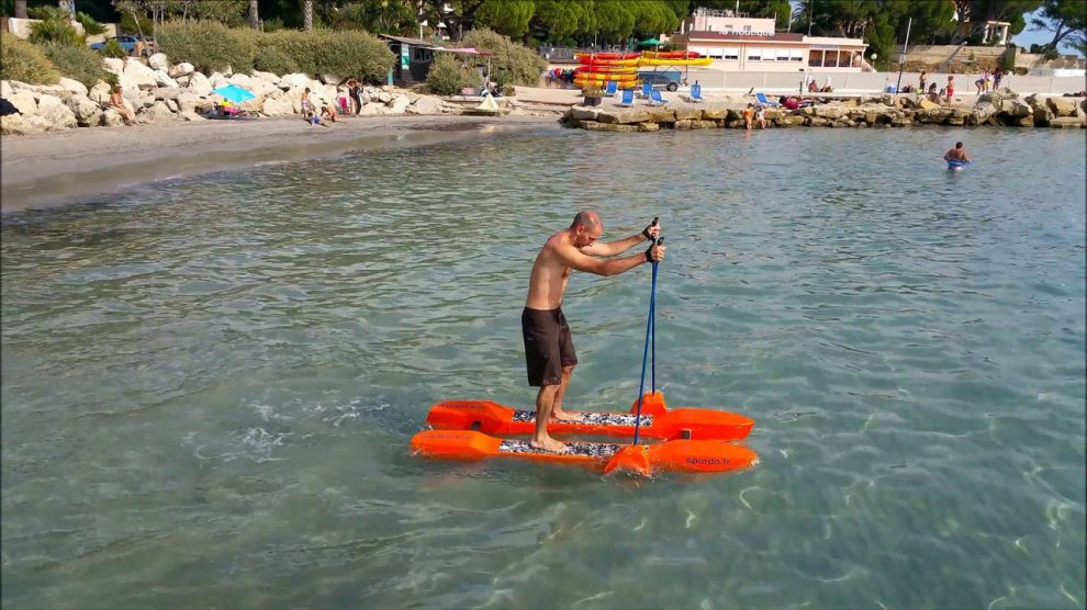 Le stickglide de Spordo, un concurrent au stand up paddle ?