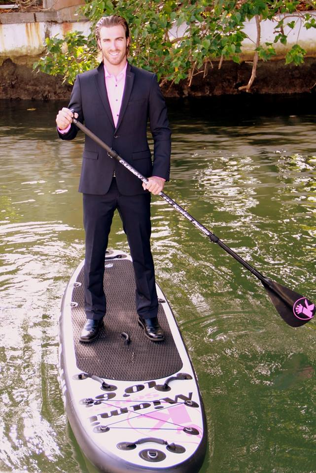 Kevin Gleizes, le waterman et fan de sup de Secret Story 9