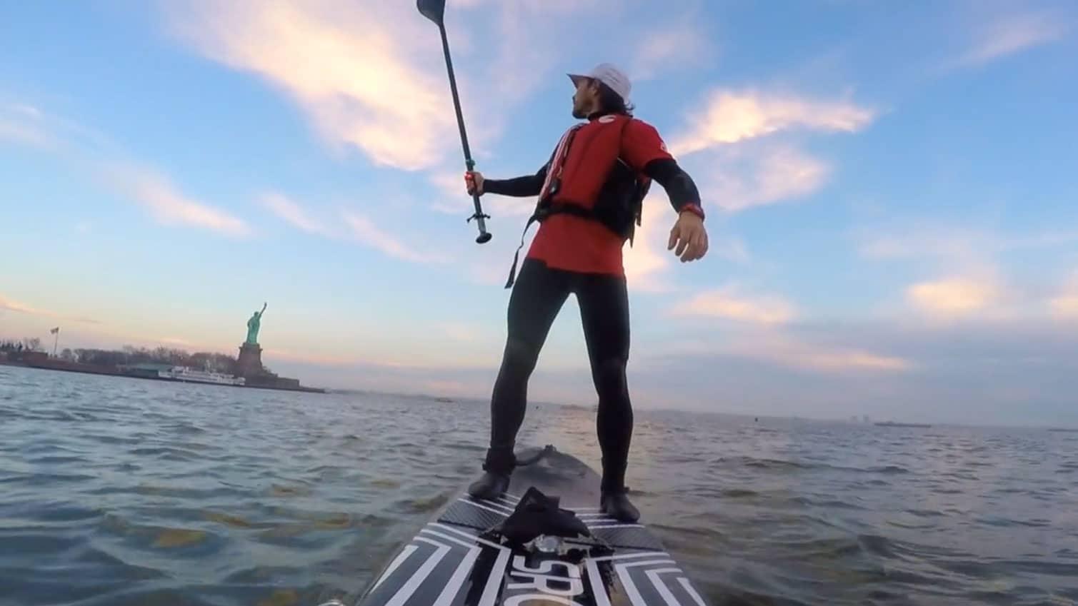 Ballade en stand up paddle à New York avec Dariusz Garko