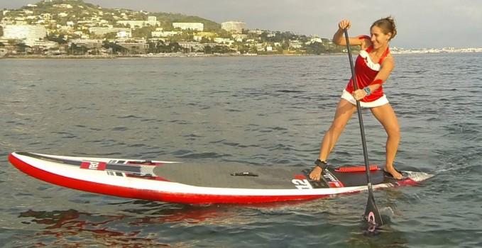 Des pères Noël et des stand up paddle