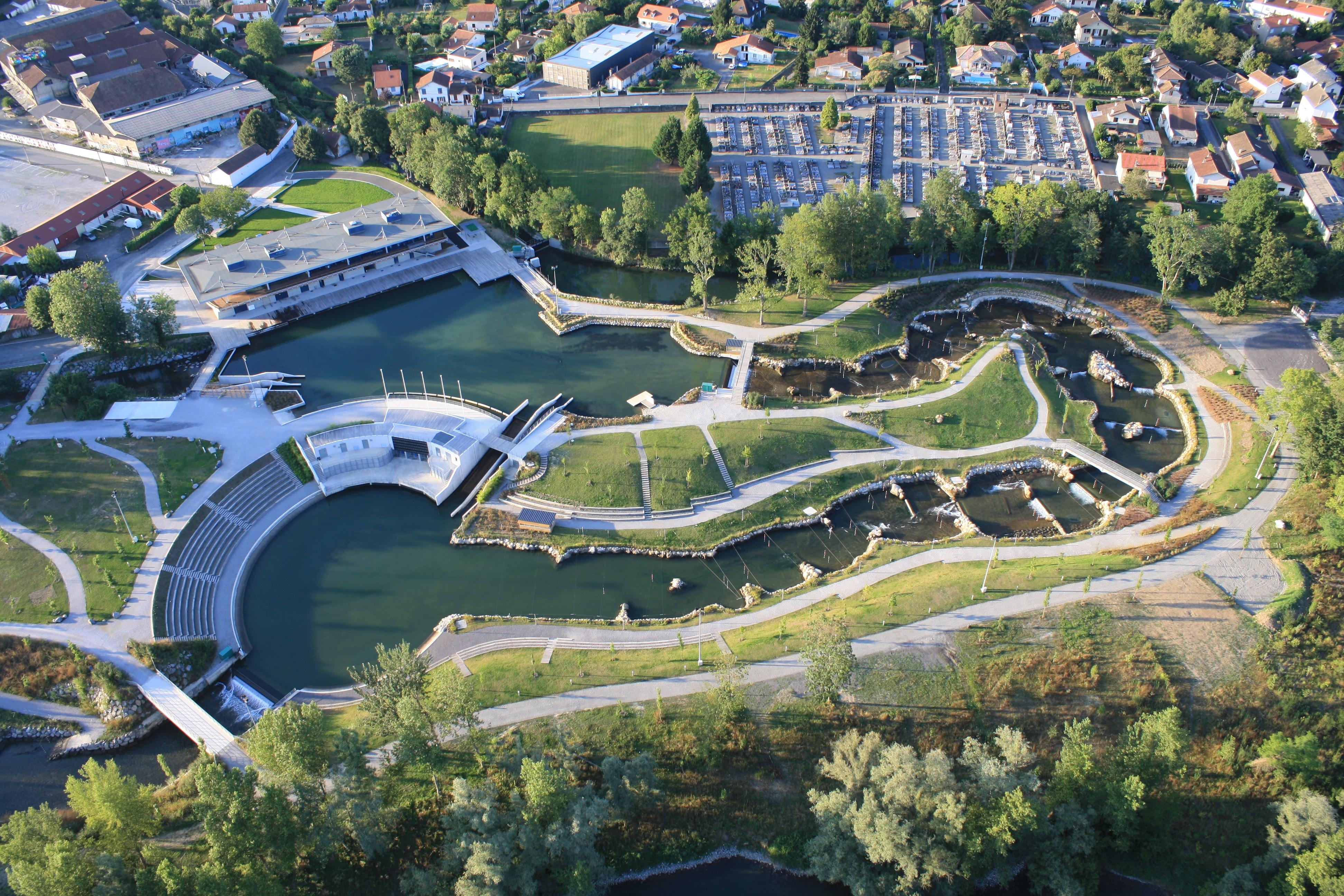Indian Summer Sup River à Pau au Pyrénées Stadium