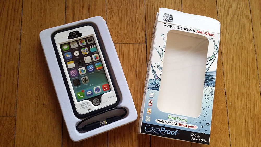 coque-etanche-anti-choc-free-touch-caseproof-2