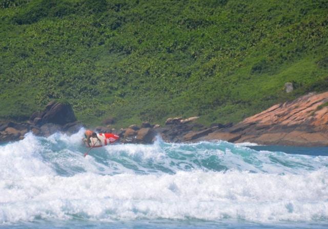Vidéo Yann Rifflet stand up paddle surf à Ibiraquera