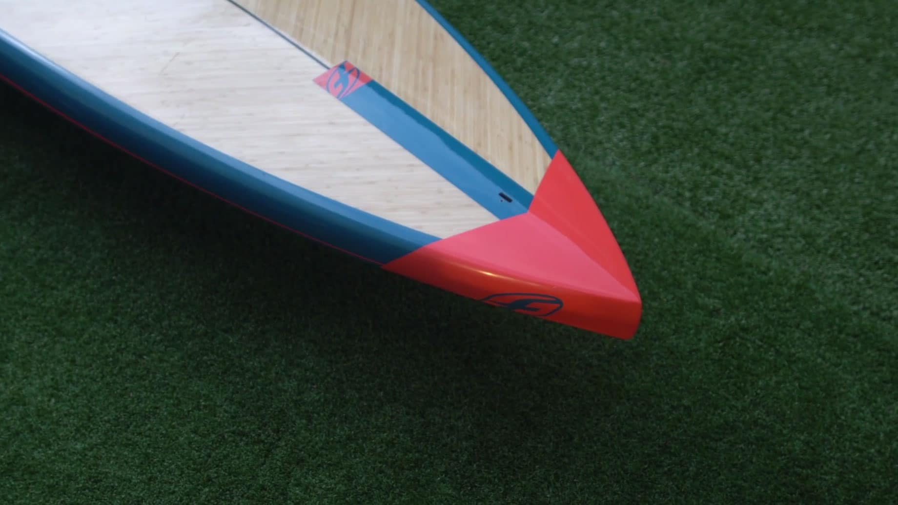 Nouvelle gamme touring de stand up paddle F-One