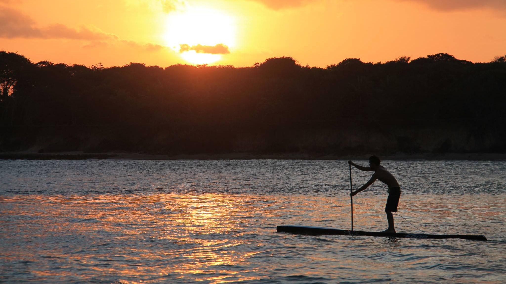 Partez faire du sup yoga avec Sarah Hébert au Brésil