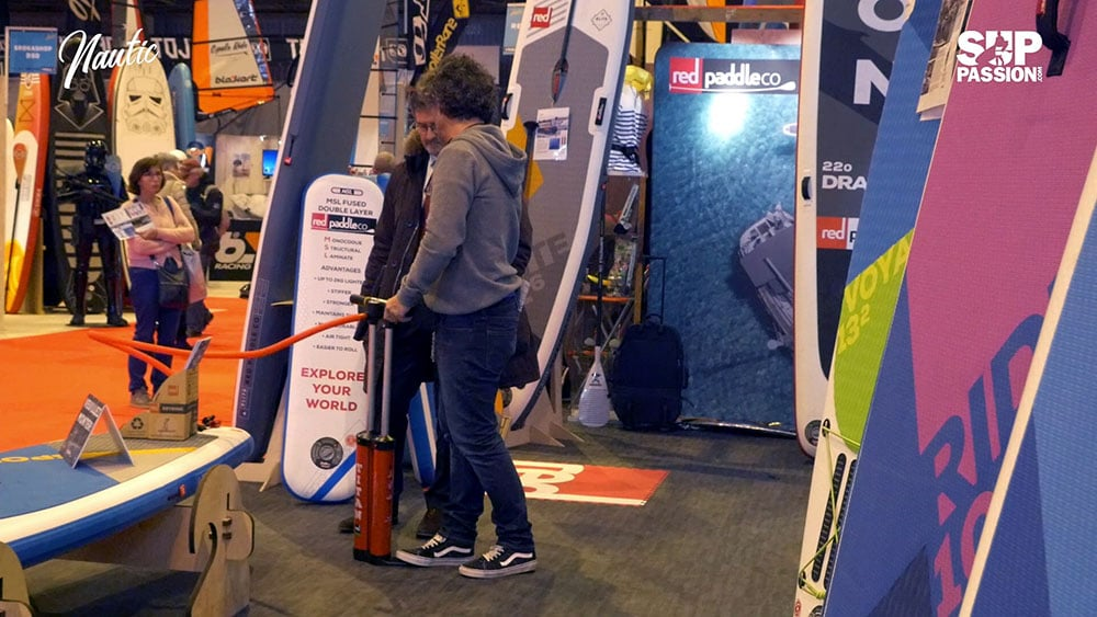 Interview 360° au stand RedPaddle Co du Nautic 2017