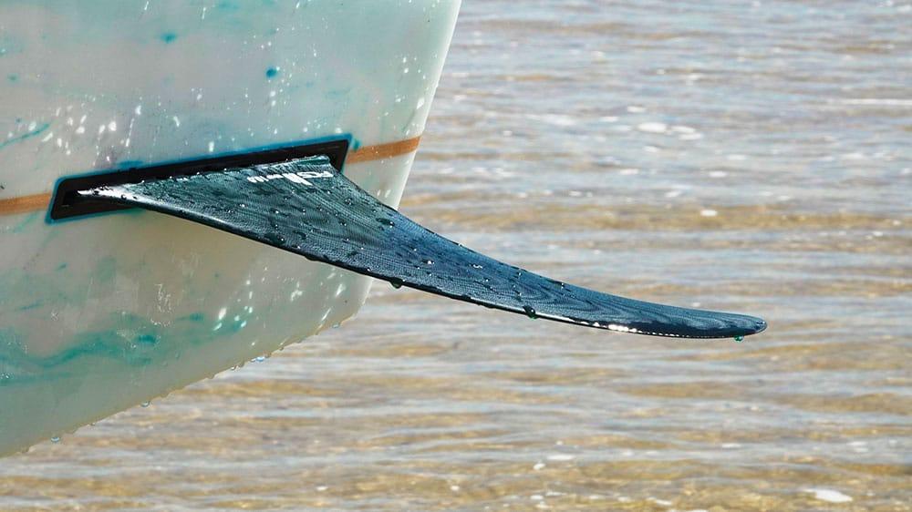 Focus sur l'aileron FCS II Whip PG Longboard Fin