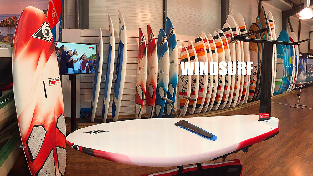 Windsurf au Tahe Outdoors Bic Sport store