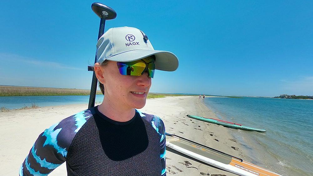 La casquette avec lunettes de soleil rétractable Naox