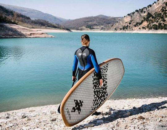 planche paddle en carton
