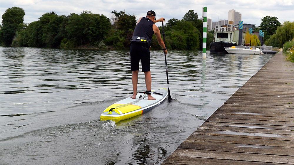 Tail d stand up paddle Itiwit gonflable de course 14x25, notre vidéo test