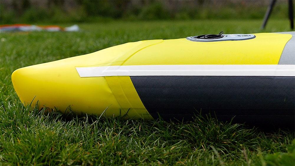 Nose du stand up paddle Itiwit gonflable de course 14x25, notre vidéo test