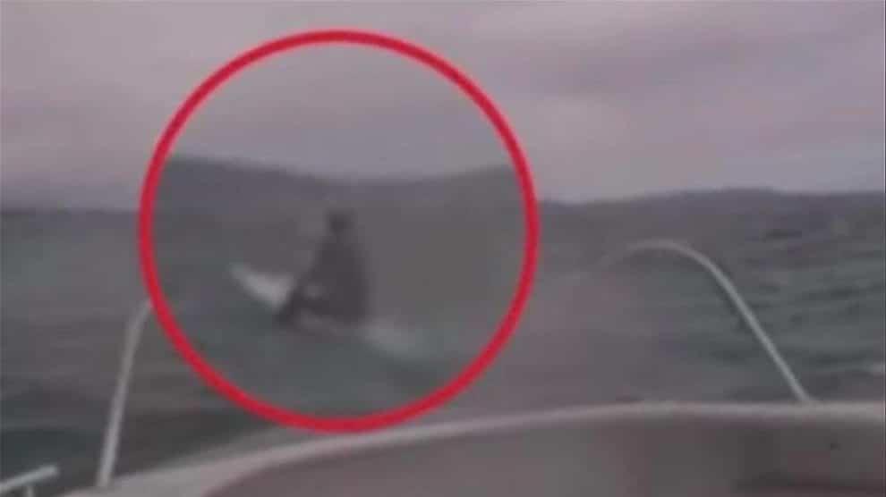 Sauvetage d'un paddle par 115km/h de vent