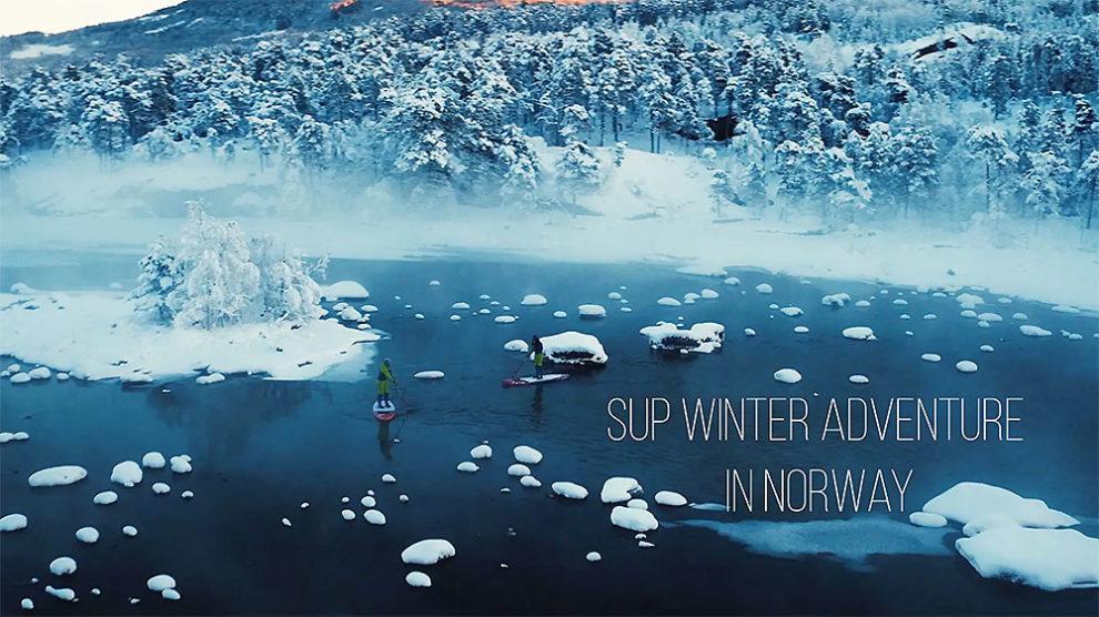 Paddle au milieu des glaces de Norvège