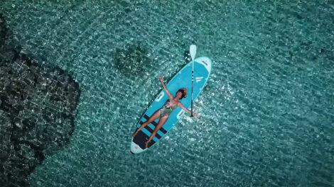 Stand up paddle à l'île de Tahanea
